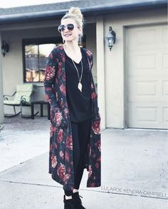 Floral LuLaRoe Sarah cardigan with LuLaRoe leggings and classic tee! Love this look. Click for more style inspiration and to shop LuLaRoe!