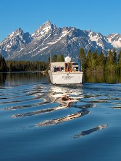 Jackson Hole Vacation Cruise | Jackson Lake Dinner Cruises & Lunch Cruises | GTLC - Grand Teton Lodge Company