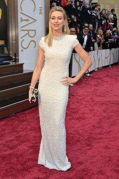 Las mejor y peor vestidas de la historia de los Oscar (FOTOS)
