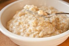 Egg white oatmeal!  The Best 300 Calorie Oatmeal You'll Ever Have | Can You Stay For Dinner?