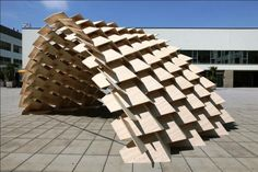 This structure has been initially designed by Bastien Thorel, student, during an architectural workshop, the Design Studio Weinand at IBOIS-EPFL, in 2008-2009