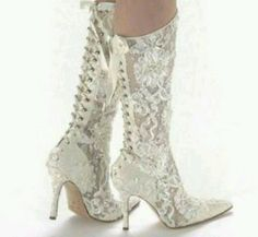 Lace cowgirl wedding boots <3