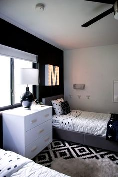 Black and White Modern Kids Room - Bright Green DoorYou can find Modern kids and more on our website.Black and White Modern Kids Room - Bright Green Door Boys Bedroom Decor, Room Ideas Bedroom, Small Room Bedroom, Modern Kids Bedroom, Boys Black And White Bedroom, Bedroom Furniture, Master Bedroom, Black White, Girls Bedroom