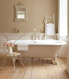 Here are my 9 dream bathroom decorating elements. In a perfect word, my dream bathroom would have every one of these! A chandelier, a clawfoot tub. Little Greene Paint Company, Country Style Bathrooms, Chic Bathrooms, French Country Bathroom Ideas, Luxury Bathrooms, Master Bathrooms, Cottage Bathrooms, French Bathroom Decor, French Country Interiors