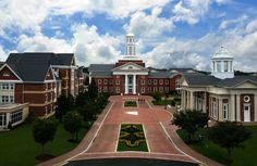 Christopher Newport University | Photos | Best College | US News - Christopher Newport University main campus entrance