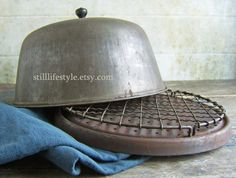 Antique Stove Top Oven Bread Warmer Rustic Covered Cook Stove Oven Primitive Wire Cooling Rack Aged Patina Metal Cloche Food Dome Cover on Etsy, Antique Wood Stove, How To Antique Wood, Kitchen Items, Kitchen Things, Kitchen Stuff, Kitchen Gadgets, Stove Top Oven, Patina Metal, Foot Warmers