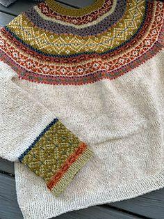 Ravelry: Hulda Sommerstrikk pattern by Kristin Wiola Ødegård Cool Patterns, Knitting Patterns, Crochet Patterns, Norwegian Knitting, Lace Knitting, Knitting Sweaters, Knit Lace, Big Knit Blanket, Icelandic Sweaters