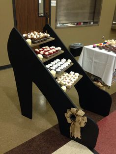 Shoe cupcake stand with chalkboard paint