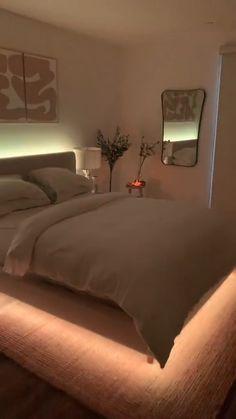 Neon Bedroom, Room Design Bedroom, Room Ideas Bedroom, Home Room Design, Neon Lights For Bedroom, Cool Bedroom Lighting, Teen Room Lights, String Lights Bedroom, Cool Bedroom Ideas