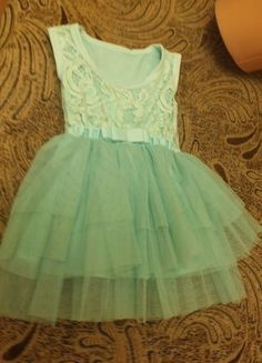 Kup mój przedmiot na #vintedpl http://www.vinted.pl/odziez-dziecieca/sukienki/12424563-mietowa-sukieneczka-balowa-z-tiulem-na-roczek