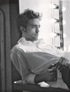 Mr. Pattinson, I do believe you can bite my neck anytime.