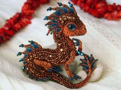 Bead Dragon Brooches by Alyona Lytvin #crafts #dragon #beads