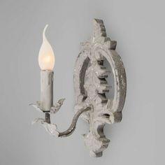 Aplique MANGO gris antiguo - Lámpara de pared con gran carácter ¡Es precioso! Parece que esta lámpara tenga siglos de antigüedad o haya formado parte de un naufragio. Este magnífico aspecto solo se puede conseguir con un trabajo hecho a mano.
