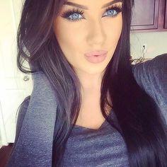 Image via We Heart It #eyebrows #eyeliner #eyes #girl #hair #lipstick #makeup #women