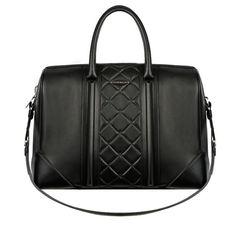 Le sac Lucrezia Givenchy by Riccardo Tisci http://www.vogue.fr/mode/news-mode/diaporama/le-sac-lucrezia-givenchy-by-riccardo-tisci/10272#5