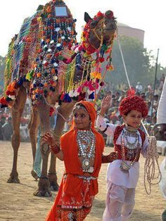 Glimpse into more than a MillennIa old culture in the sands of India, The Thar Desert.