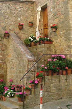tuscan    I love this entry, but it would not work with my husbands wheelchair. --Shared by WhatnotGems.Etsy.com