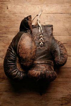 1000 images about vintage boxers and fighters on - Gants de boxe vintage ...
