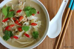 PicNic: Thai Green Curry Noodle Soup Curry Noodle Soup Recipe, Curry Noodles, Egg Noodles, Healthy Soup Recipes, Real Food Recipes, Asian Recipes, Yummy Recipes, Keto Recipes, Meals To Make With Chicken