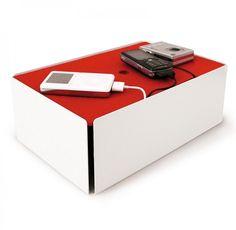 Ladestation / Kabelbox Charge Box weiß/rot - Konstantin Slawinski #red #station #charging