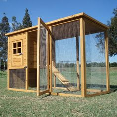 Great chicken coop to keep chickens safe from hawks