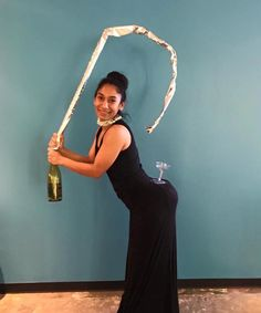 Kim Kardashian and champagne | 28 Simple Costumes You Can Totally Make The Day Before Halloween
