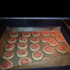 Swirl-Raspberry-Vanilla-XMAS-Cookies