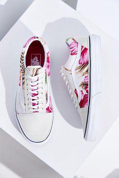 Vans Hawaiian Floral Old Skool Sneaker - Urban Outfitters