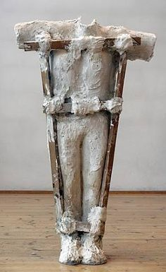 Magdalena Abakanowicz (Polish, Body 3 plaster and wood, unique 1987 SIZE: h: x w: x d: 13 in / h: x w: x d: 33 cm Textile Sculpture, Soft Sculpture, Textile Art, Magdalena Abakanowicz, Sculpture Techniques, Action Painting, Thing 1, Paul Klee, Feminist Art
