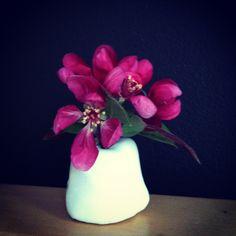 tiny liz vase