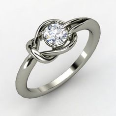 The simplicity of this ring makes it a perfect engagement band for someone as simple as me.