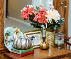 Autumn Vignette Challenge - An Artful Mom