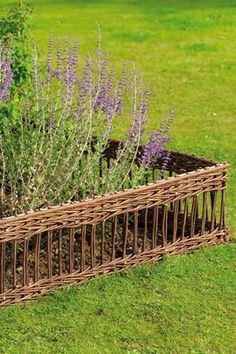 Lattice Willow Hurdles - Set of 4 panels Idea: fence for chicken, maybe? just taller.
