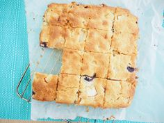 Apple, Blueberry and Yoghurt Cake Slice
