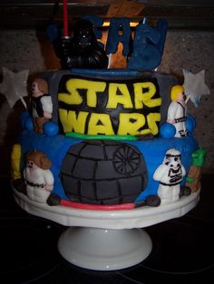 Star Wars Cake >my son would love this!