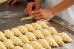 producing classic croissants at the bakery shop. woman is rolling dough into rolls for further baking. Baking Recipes, Cookie Recipes, Dessert Recipes, Braided Nutella Bread, Kolaci I Torte, Croatian Recipes, Bread And Pastries, Dough Recipe, Dinner Rolls