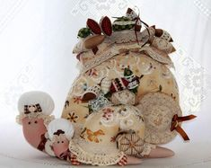 Одноклассники Handmade Toys, Pin Cushions, Snail, Fabric Crafts, Moth, Sewing Projects, Shabby Chic, Vintage, Dolls