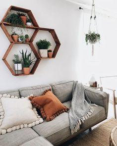 Living Room On A Budget, Boho Living Room, Earthy Living Room, Living Room Plants Decor, Earthy Bedroom, Cozy Living, Bohemian Living, College Living Rooms, Cozy Bedroom