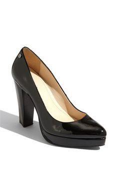 black pumps?