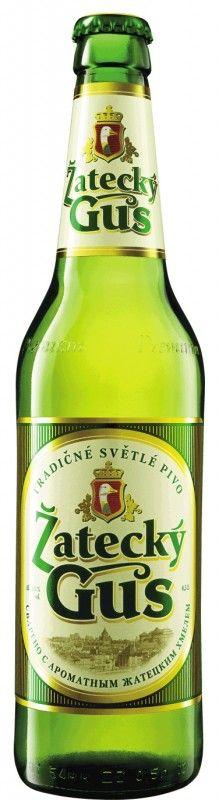Cerveja Žatecký Gus, estilo Bohemian Pilsener, produzida por Baltika Brewery, Rússia. 4.6% ABV de álcool.