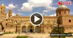 Superb view of the entrance of the cathedral of #Palermo, #Sicily. Click to watch it in live #webcam!