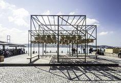 Sky Garden funziona come un roof green aereo per riposarsi all'ombra e godersi il panorama