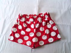 "Shorts ""Polka Dots 1 "" Punkte Hose Gr: 40/42 von EMS ART Factory auf DaWanda.com"