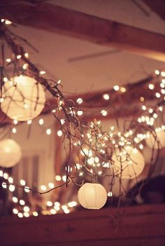 GYPSY YAYA: Beautiful & Nearly Free Holiday Decor