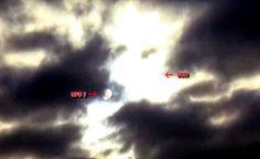 Esfera Gigante, dois Sóis (Nibiru, Planeta X?) No Céu, pôr do Sol, 22 Março 2015