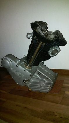 Engineering Works, Motorcycle Engine, Car Repair, Scooters, Cars And Motorcycles, Panther, Harley Davidson, Classic Cars, Twin