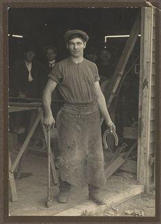 """""""Les Darcy at the blacksmith shop door"""", East Maitland, ca. 1910 / Victor Studios"""