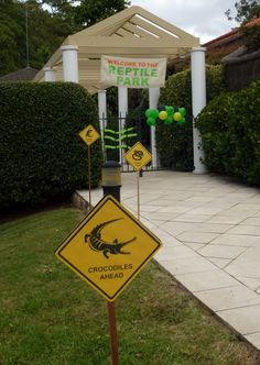 Cherry On Top Parties: Reptile Birthday Party