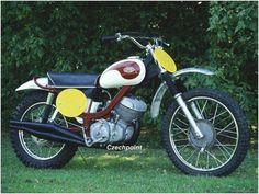 JAWA BANANA Enduro Vintage, Vintage Motocross, Vintage Bikes, Mx Bikes, Motocross Bikes, Cool Bikes, Dirtbikes, Bike Design, Gas Station