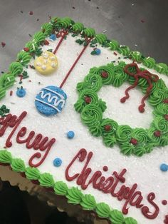 Cake Designs Birthday Sheet 69 Ideas Christmas Cupcakes Decoration, Christmas Cake Designs, Christmas Sweets, Christmas Cooking, Christmas Cakes, Christmas Birthday Cake, Xmas Cakes, Holiday Cakes, Holiday Treats